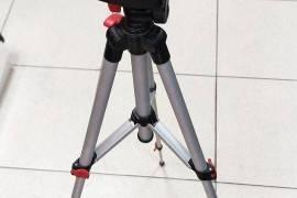Аренда  ( прокат ) лазерный  нивелир TESLA L-10S