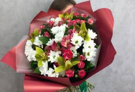 Администратор в цветочный магазин