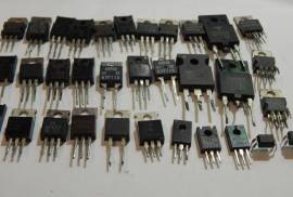 Набор транзисторов, микросхем, диодов (33 шт)