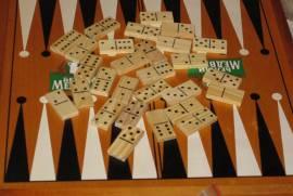 Набор настольных Игр (Нарды,шахматы,домино,карты)