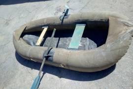 советская надувная резиновая лодка охота-рыбалка
