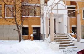 Продаю офис пл. 73 кв.м. в ЖК Бинко с отд.входом